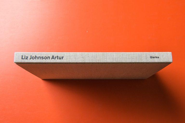 Liz Johnson Artur