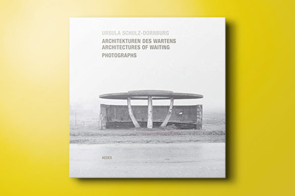 Architectures of Waiting / Architekturen des Wartens, Photographs