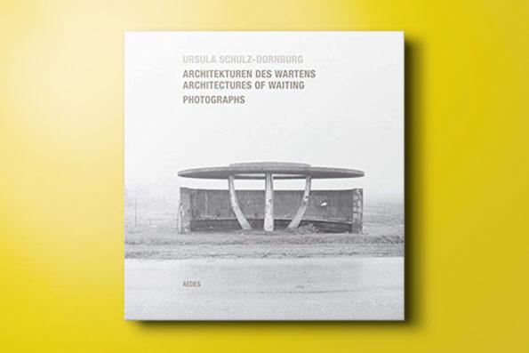 Architectures of Waiting / Architekturen des Wartens, Photographs
