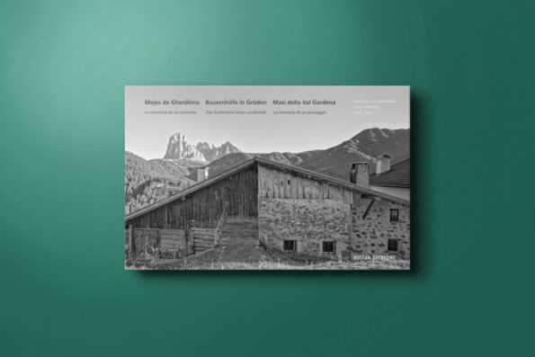 Mejes de Gherdeina — Bauernhoefe in Groeden — Masi della Val Gardena
